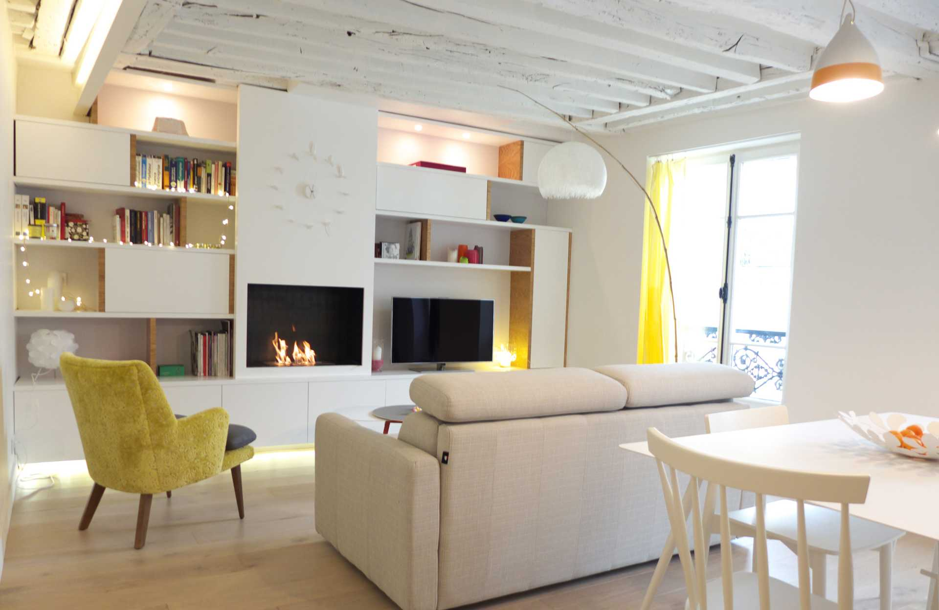 Peindre Poutres Anciennes Blanc rendre un appartement ancien plus lumineux : rénovation d'un