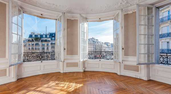 Use the expert eye of an architect / real estate professional before purchasing a new house or apartment in Nantes.
